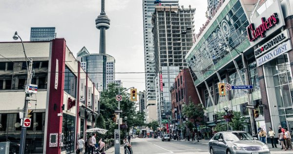 Take a Private Tour of Toronto to See a Destination That Is Perfecto