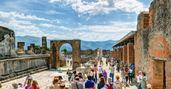 Explore an Ancient City and Be Left in Awe on a Private Tour of Pompeii