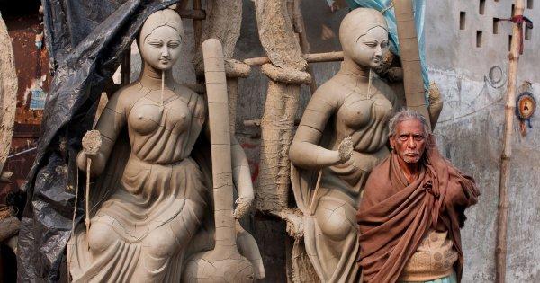 Kolkata Sightseeing Tour of the Throbbing Metropolis City!