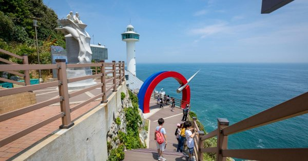 "Say ""Ahn Neyong Ha Seyo"" (Hi) When on Burbly Busan Private Guided Tours"