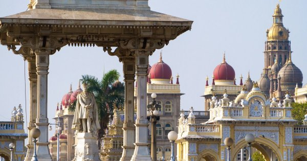 To Go on a Private Tour to Mysore Is Certainly 'no' Eyesore