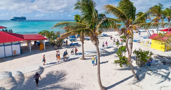 Electrifying Surfing and Sights on Eleuthera Island With Guided Tours