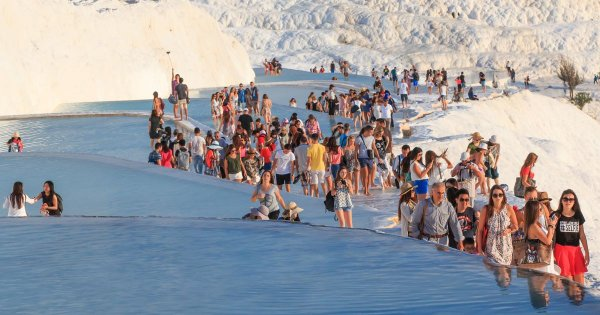 On a Denizli Private Tour Wash Your Cares Away in Picturesque Pamukkale