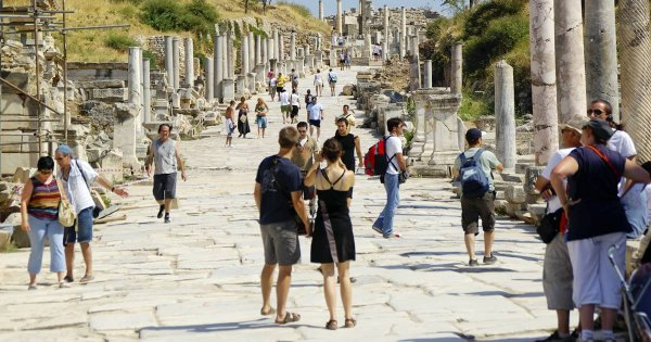 Enjoy a Private Tour of Selçuk and Be Amazed by Its Vibrancy and Ruins