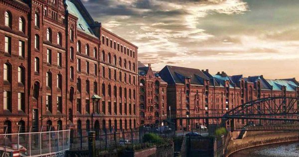 Willkommen To Vibrant, Historic Hamburg: Explore On A Private Tour